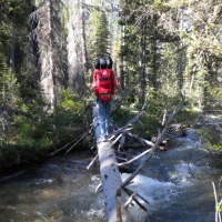 sawtooth mountains wilderness backpacking stream crossing